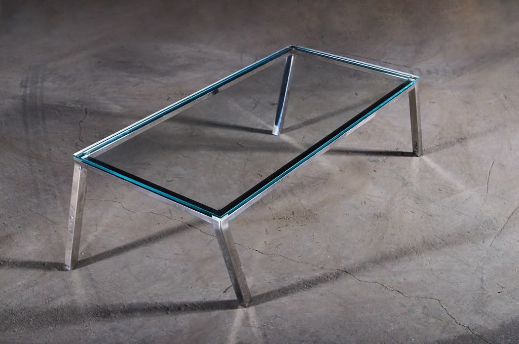 Galop-glass Table